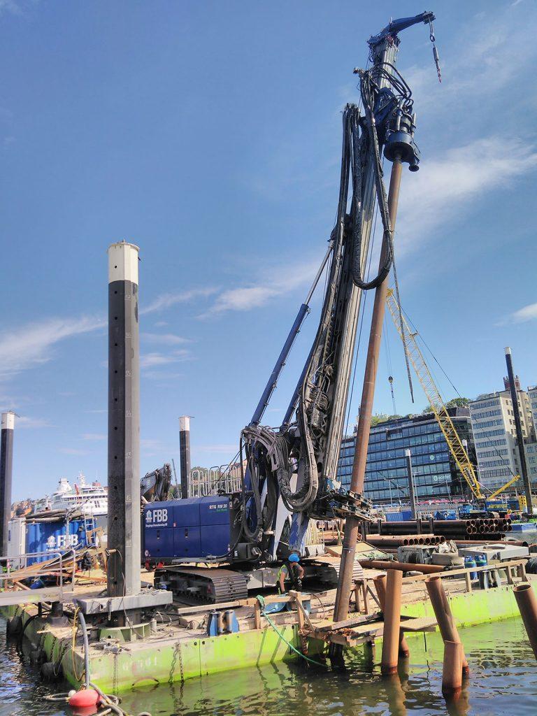 FBBs flytande borr-rigg i Slussen i Stockholm